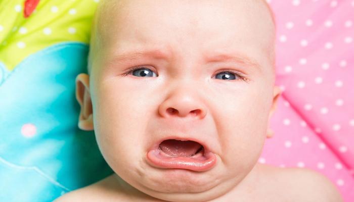 ما هي اسباب الزغطة عند الرضع؟