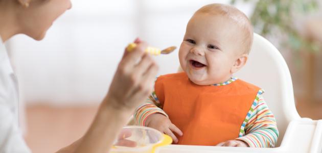 الطفل في الشهر الخامس وتطورات نموه