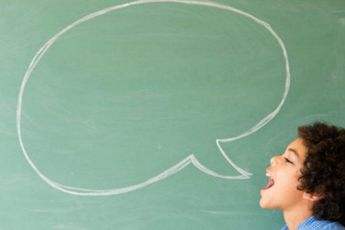 ما هي أسباب وعلامات وعلاجتاخرالكلام عند الأطفال