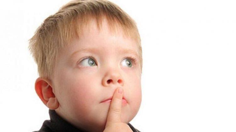 متى يتم تشخيص تأخر النطق عند الاطفال؟