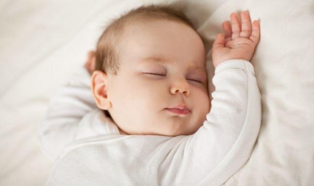 اسباب خمول الطفل حديث الولادة
